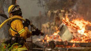 Nakaz masowej ewakuacji. Pożar szaleje w okolicach Los Angeles